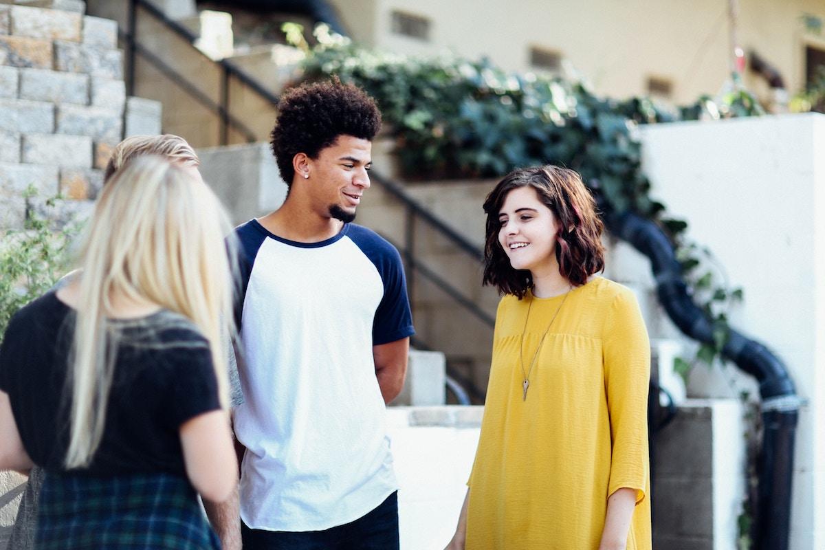teens talking before school